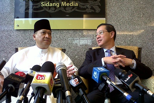 Nazri Aziz and Lim Guan Eng - Press Conference