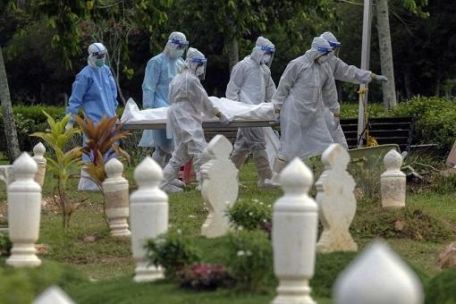 Coronavirus - Malaysia Covid-19 Deaths - Cemetery