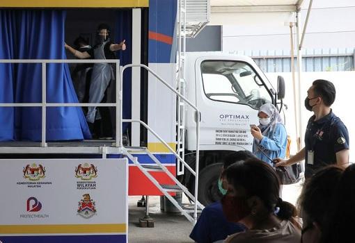 Coronavirus - Malaysia Mobile Vaccination Truck