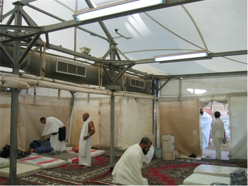 Saudi Arabia Empty Air-Conditioned Tents - Inside View 2 & Saudi Has 100000 Unused Air-Conditioned Tents But Wonu0027t Help ...