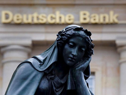 deutsche-bank-crisis-lady-statue
