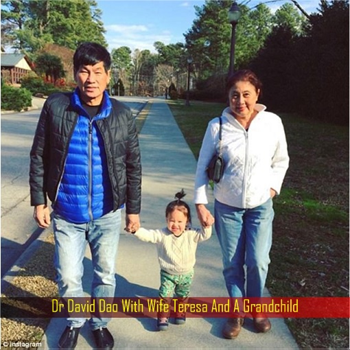 Dr David Dao With Wife Teresa And A Grandchild