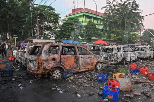 Indonesia 2019 Presidential Election - Riot - Cars Burned