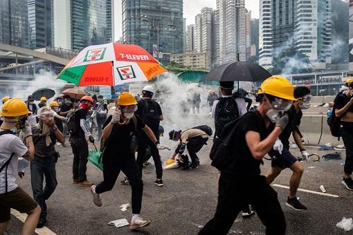 Hong Kong Protest 2019 - Helmet, Hat, Goggle, Umbrella