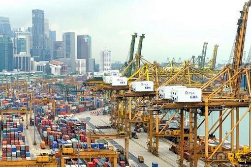 Singapore Economy - Export Import - Port
