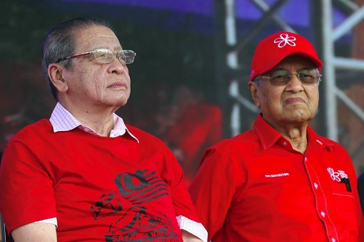 DAP Lim Kit Siang and PPBM Bersatu Mahathir Mohamad