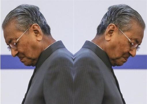 Mahathir Mohamad - Hypocrite