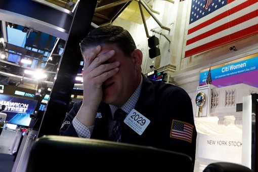 US Stock Market Drops More Than 2000 Points - March 2020